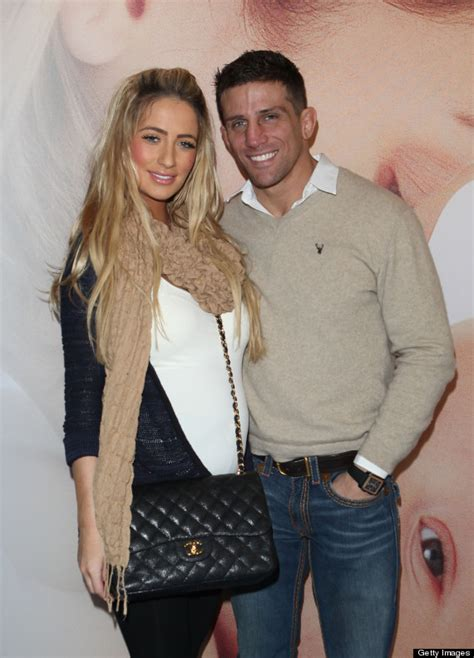 Chantelle Houghton Hits Out At Alex Reid After He Calls